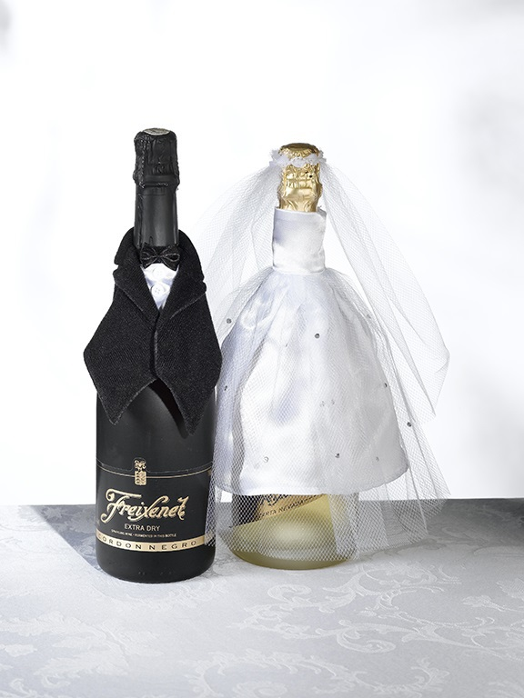 http://www.gemsweddingsupplies.com.au/bride-and-groom-wine-bottle-decorations/